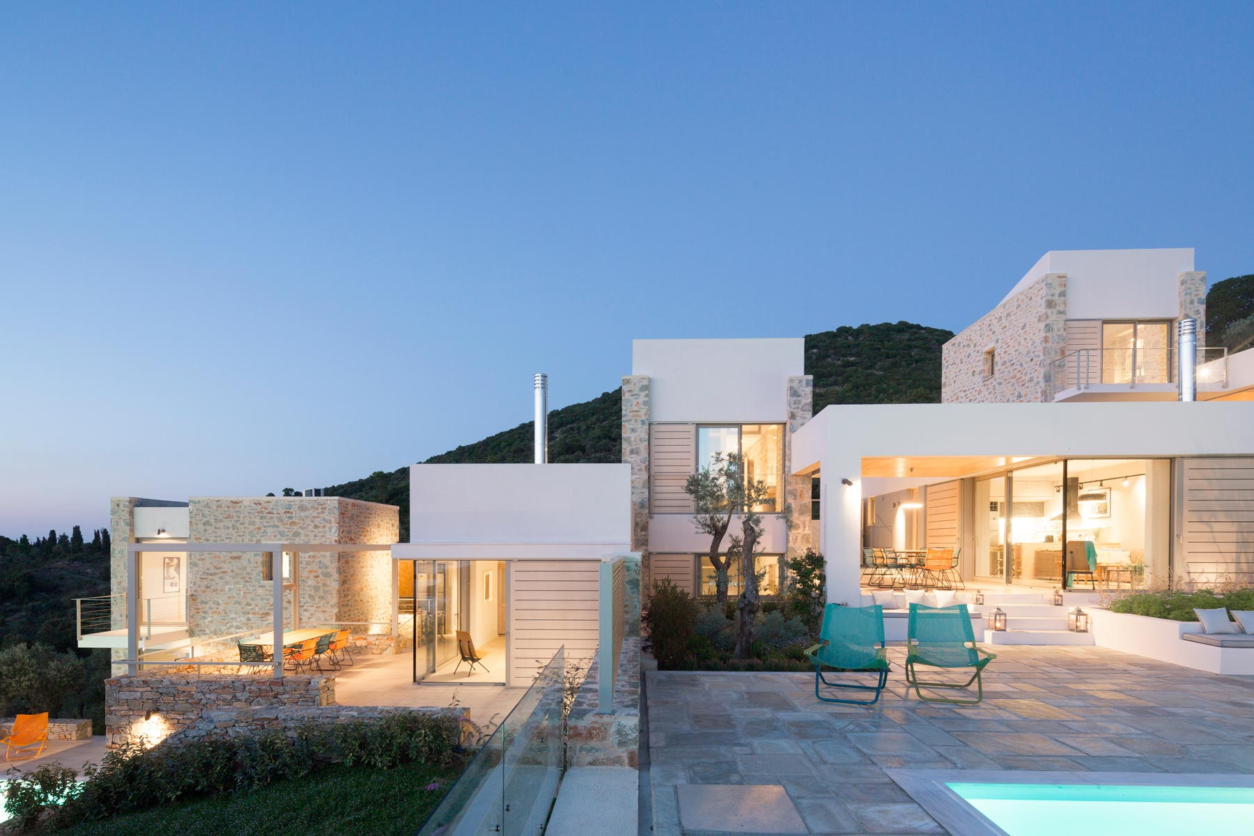 3 Vacation Houses In Skiathos By Hhharchitects The Greek Foundation