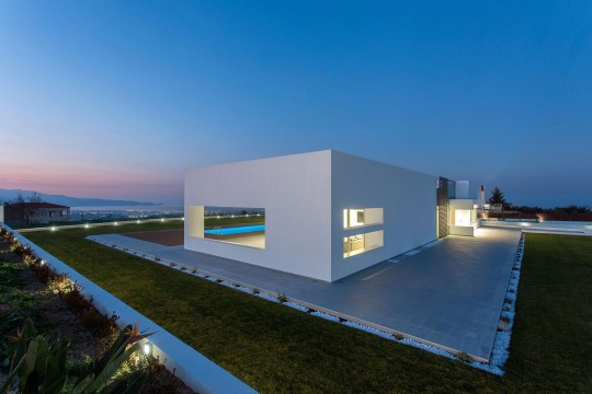 Residence in Crete by 3+ architecture