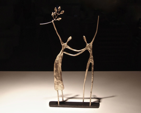 """Metal sculptures """"fragments of a dream"""" by Anna Andreadi"""