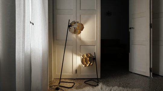 KUKUNARI one line collection wooden lamps by Iro Skouloudi