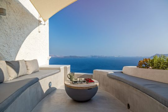 """The Marble Sun"" villa in Oia, Santorini by Lime Deco"