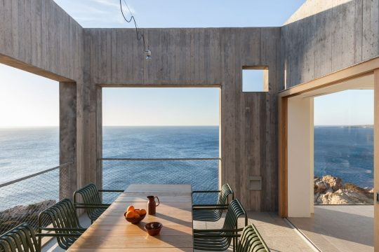 Patio House in Karpathos island by OOAK architects