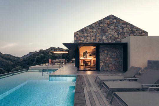 Cretan summer home by Polyergo, Chiara Armando & Vittoria Spinoni