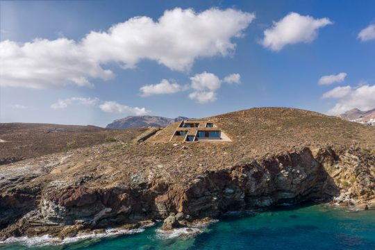nCaved house in Serifos island by Mold Architects - Iliana Kerestetzi