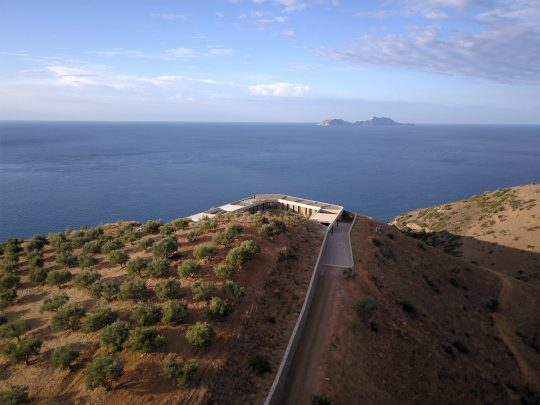 The Ring House in Crete by DECA architecture