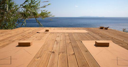 'Zen House' in Crete by Eleftheria Tzanaki Architect
