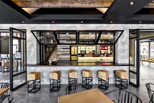 Keratsini Goody's Burger House by Chadios+Associates