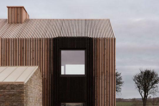 Long House by Bureau de Change Architects