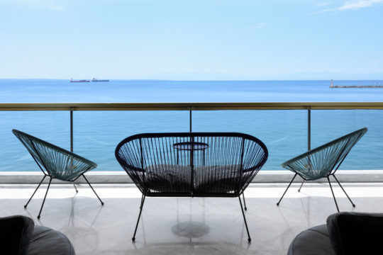 Seafront apartment in Thessaloniki by ASPASIA TAKA architects